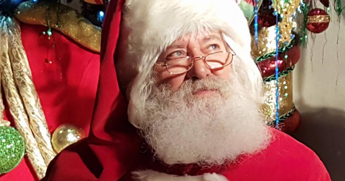 Come Dire Che Babbo Natale Non Esiste.Sardegna Il Parroco Durante L Omelia Babbo Natale Non Esiste