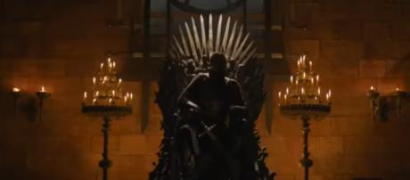 New GoT theory suggests that Jaime Lannister caused the return of the White Walkers.[image source: The Valyrian - YouTube]