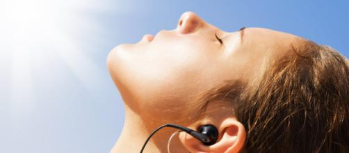 Ao ficar exposto ao sol, é necessário tomar alguns cuidados. (Arquivo Blasting News)