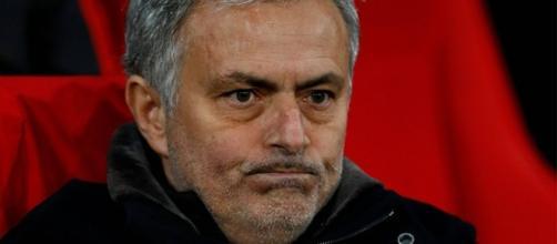 Manchester United anuncia el despido de Jose Mourinho en medio de ... - redgol.cl