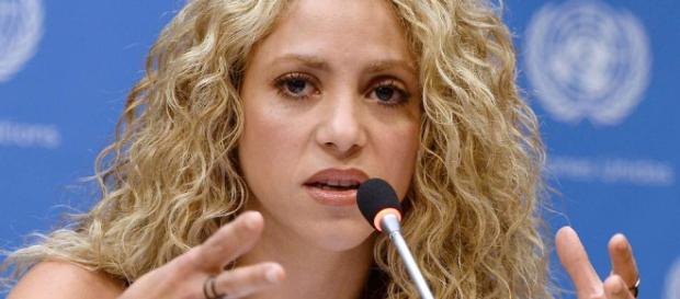 Shakira enfrenta seis delitos por fraude en su declaración de impuestos
