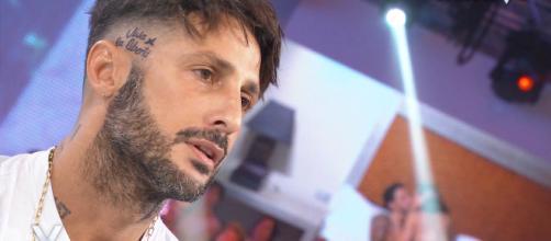 Fabrizio Corona a ruota libera: 'Asia è andata via di testa, farei l'Isola dei famosi'.