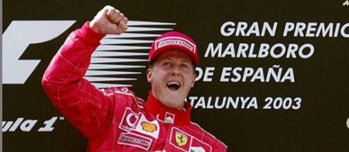 Michael Schumacher após conquistar o GP da Catalunha, de 2003.