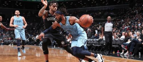 Grizzlies' point guard Mike Conley posted 37 points in a double OT win Friday (Nov. 30). [Image via Bleacher Report/YouTube screencap]