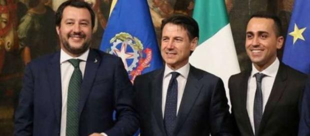 Conte, Di Maio e Salvini al lavoro sulla manovra, attese novità al Senato su pensioni e reddito di cittadinanza