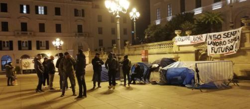 Sassari, continua la protesta degli ex dipendenti Ats e Aou