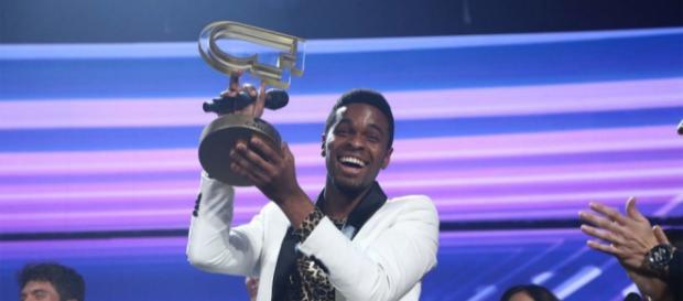 Famous se proclama ganador de 'Operación Triunfo - bekia.es
