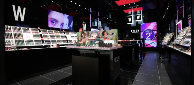 WYCON cosmetics. Noto brand per la vendita di cosmetici in tutto il mondo. Store Napoli centro.