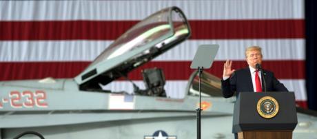Donald Trump aspira a tener un ejército en el espacio