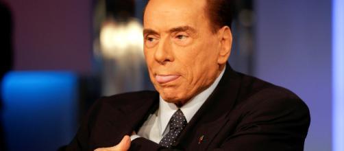 Berlusconi accusato da Di Maio di voler 'comprare' parlamentari M5S