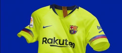 Camisa reserva do Barcelona está no top-5 (Crédito: Barcelona/Divulgação)