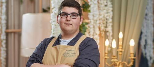 Federico, vincitore della sesta edizione di Bake Off Italia.