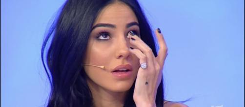 Giulia De Lellis lascia Verona in lacrime: sembra confermata la convivenza con Irama.