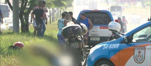 Motociclista é morto a tiros por PM - g1.globo.com