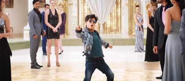Zero' movie review: SRK is charming as Bauua Singh (Image via Bollywood Spy/ Youtube)