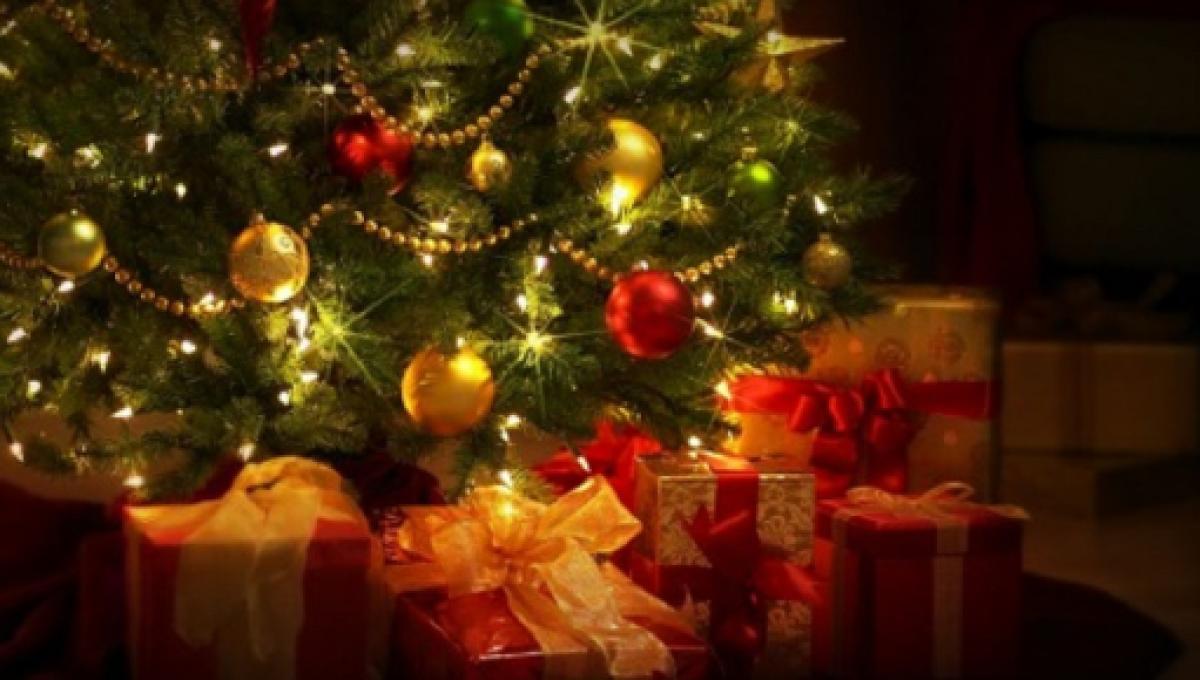 Auguri Di Natale Da Condividere.Auguri Di Natale Dediche Divertenti Curiose E Stravaganti Da