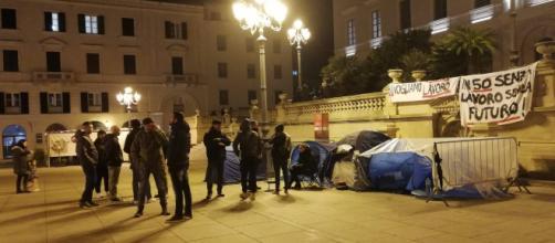 Sassari, quinta notte in tenda per gli ex dipendenti Ats e Aou - Fonte: Pietro Serra
