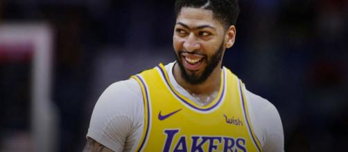 Anthony Davis in a Lakers uniform [Image by Clutchpoints / Instagram]