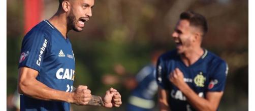Jogador Rômulo irá atuar no Grêmio (foto:Gilvan de souza)