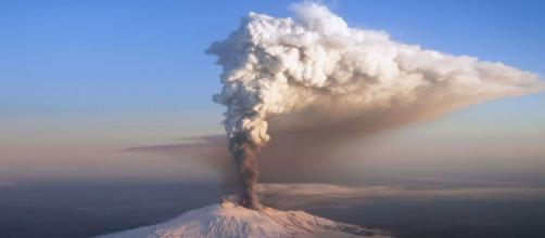 Eruzione dell'Etna in corso, 24 Dicembre 2018