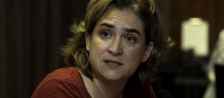 Archivo:Barcelona, rueda de prensa con Ada Colau.jpg - Wikipedia ... - wikipedia.org