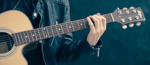 le chitarre sono state sottratte oggi dall'abitazione del musicista