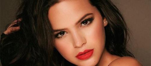Bruna Marquezine usa rede social para responder especulações de fãs. (Divulgação).