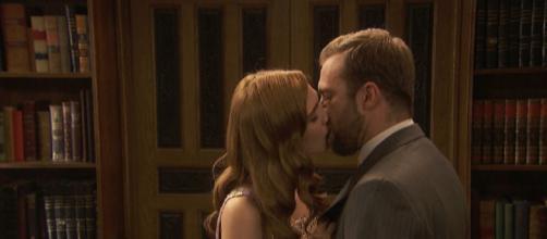 Il Segreto, anticipazioni: Julieta e Fernando fanno l'amore