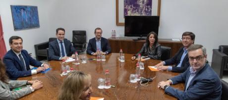El acuerdo entre PP y Ciudadanos cuenta con el respaldo de VOX