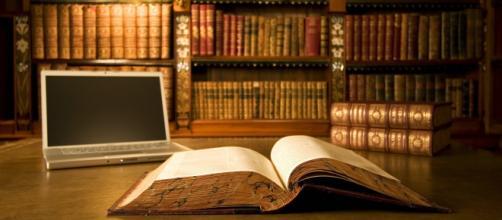 Fondos de pantalla : 3840x2400 px, libros, ordenador portátil ... - wallhere.com