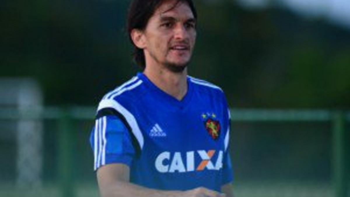 Fluminense acerta contratação de Matheus Ferraz e encaminha acordo com  Aírton 600031639b3b3