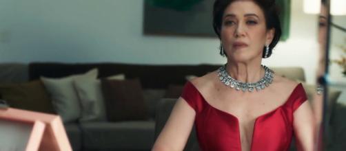 Valentina se surpreende com Gabriel no casarão que pertenceu a Egídio (Reprodução/Globo)