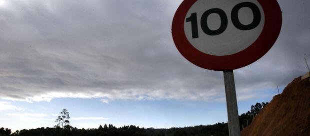 A 90km/h será reducido el límite de velocidad en las carreteras secundarias