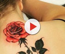 Rosa maravilhosa, com detalhes de iluminação que transformaram a tatuagem em arte. (Reprodução/Purebreak)