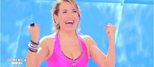 Anticipazioni Tv: Barbara D'Urso potrebbe portare la sua 'Domenica Live' in prima serata.