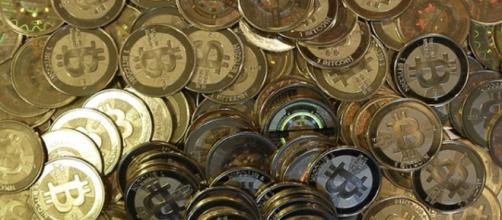At some point, Bitcoin neared the $ 20 000 value per unit. Photo: screencap via @Hoa Dao91/ Flickr CC BY 2.0