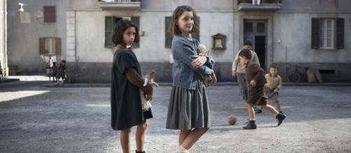Lila e Elena protagoniste de L'Amica geniale