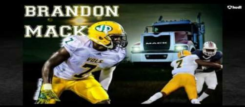 Brandon Mack chooses Ole Miss. [Image via HONCHO/YouTube]