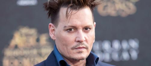 Johnny Deep: o ator que tem pavor de palhaços (Imagem: Reprodução/Observatório do Cinema)