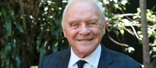 Anthony Hopkins is celebrating his birthday on December 31. - [Golden Globes / YouTube screencap]