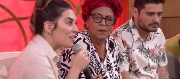 Cantora sertaneja participando do 'Encontro' (Reprodução: TV Globo)