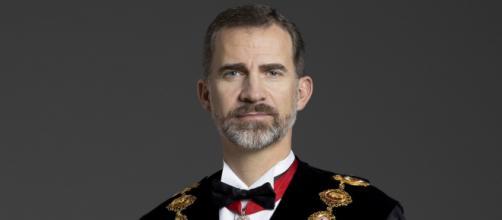 Pedro Sánchez se muestra partidario de eliminar el blindaje constitucional del Rey