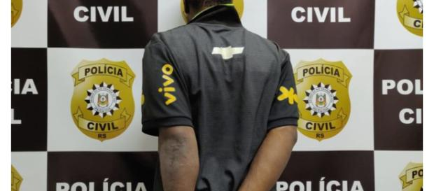 O homem foi preso pela Polícia Civil