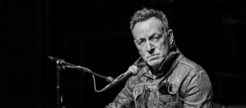 How to Score $75 Lottery Tickets to Springsteen on Broadway | Playbill - playbill.com