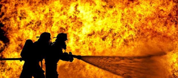 Tragedia a Roma: esplode stazione di servizio, deceduto anche un Vigile del Fuoco