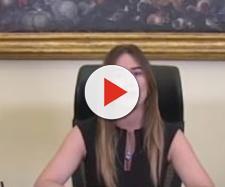 Maria Elena Boschi contro il governo