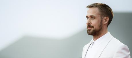 First Man' star Ryan Gosling responds to flag controversy - CNN Video - cnn.com