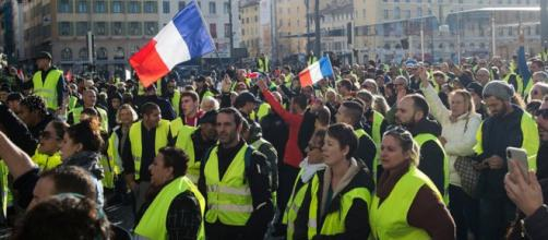 Les gilets jaunes réfléchissent à une liste pour les Européennes