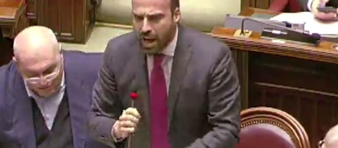 Marattin, PD al M5s e Lega: 'Finitela di raccontare balle' e in aula è bagarre - VIDEO