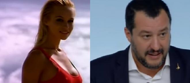 Pamela Anderson-Salvini, botta e risposta: 'La preferivo in costume'